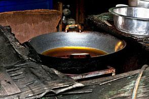thailaendisches-koch-geschirr-wok