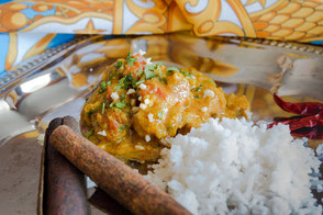 huhn-in-mandelsosse-indisch-curry