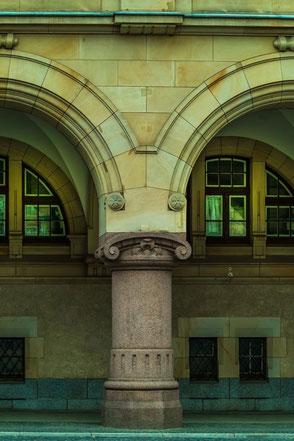rundbogen-marmor-fassaden-haeuser-goerlitz