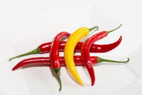 chilischoten-rot-gelb