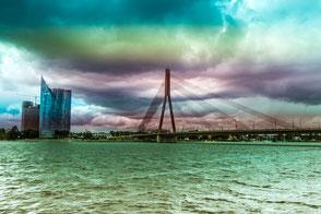 Brücke-über-der-Daugava-Lettland
