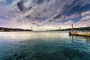 Bootsanlegestelle in Cengelköy am Bosporus