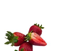 erdbeeren-auf-weissem-hintergrund