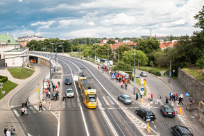 Straßenverkehr-in-Warschau