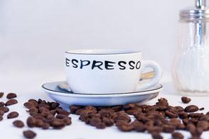 Espresso-und-Kaffeebohnen