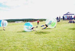 Teamspiele Ideen Teamevent Bubble Soccer Turnier Firmenfeier Firmenevent Ideen Frankfurt Hessen