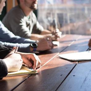 Workshops Seminare Mitarbeiter Führungskräfte Unternehmensberatung Zeitmanagement Konfliktgespräche Kommunikation Zielvereinbarung Führung Diversität Personalentwicklung Trainer Seminarleiter Moderation Präsentation Stressmanagement Resilienz Frankfurt
