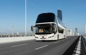 Unger-Reisen Bistro-Bus Skyliner 1