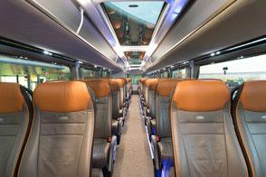 Unger-Reisen Bistro-Bus Skyliner Innenraum