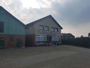 Plattdüütsch: Gasthuus in Nindörp