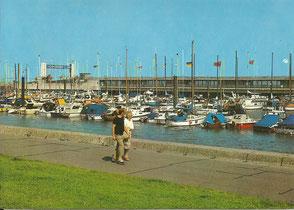 Shop-Angebot: Ansichtskarte - Neuer Jachthafen   - Endpreis: 9,99 €