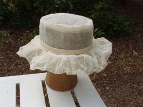 Chapeau de mariage en tulle blanc cassé