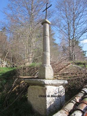 La croix de Mandon