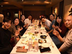 日本酒バルや料理の美味しい居酒屋さん・レストランに訪問します