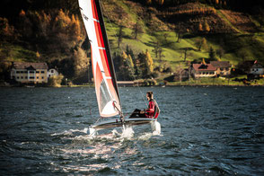 XCAT Sail | Segeln Heckansicht