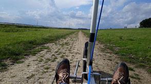 Deichsegeln mit Libre XCAT Strandsegler – Landseglerperspektive