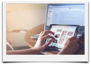 Bild zum Thema Websites Internetseiten und Link in die Ebene Website