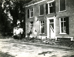 Gelders Archief 2867 Collectie Vroemen, Major Stark in front runs into House Buitenrust at the Benedendorpsweg