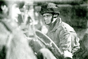 Gelders Archief 2867 Collectie Vroemen, Lieutenantt Guthrie Recce Squadron