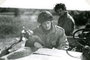 Gelders Archief 2867 Collectie Vroemen, Lieutenant Guthrie Recce Squadron