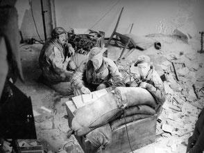 Gelders Archief 1560 Collectie Tweede Wereldoorlog, Major Gough and Lieutenant Cox