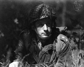 Gelders Archief 1560 Collectie Tweede Wereldoorlog, Lieutenant Asmore