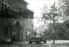 Gelders Archief 2867 Collectie Vroemen, Tafelberg Hotel scene