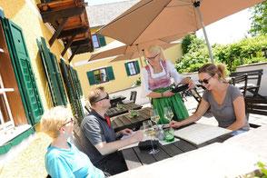 Absoluten Genuss erwarten Gäste im Genusshof der Domaines Kilger in Kitzeck im Sausal, dem höchst gelegenen Weinanbauort Österreichs.