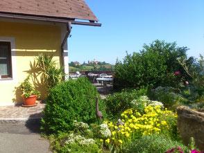 Direkt an der Sausaler Weinstraße gelegen mit außergewöhnlicher Panoramalage.