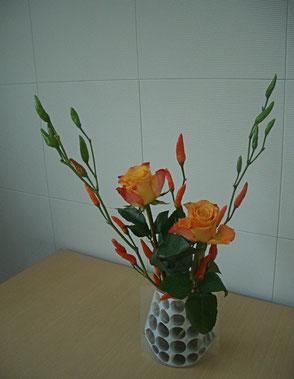 まずは花を買って