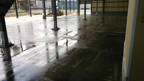 さいたま市岩槻区の工場、防塵塗装、塗床、下塗り完了の写真