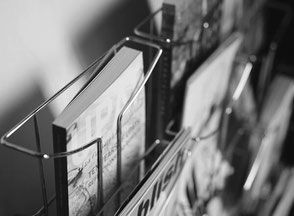 Konzept, Gestaltung, Design und Produktion von Broschüren, Magazinen, Prospekte, Imagfolder, Jahresberichte, Firmenberichte, Journale, Kochbücher, Bücher. Pra Levis, Agentur für Grafik und Werbung in Lörrach und Umgebung, auch für Basel, Schweiz
