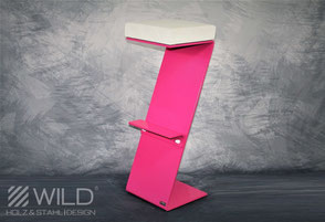 Bar stool in pink