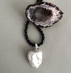 Kette DOUBLE OR SINGLE aus facettiertem Achat, Perlen und Hämatit; Perlenschmuck, Perlenkette, Perlenarmband