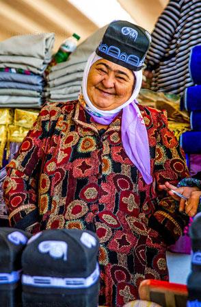 Marktfrau in Samarkand/Usbeskistan