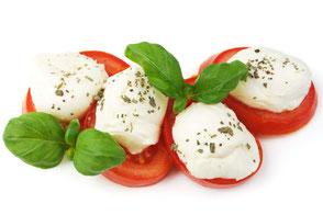 Tomate Mozzarella mit Basilikum