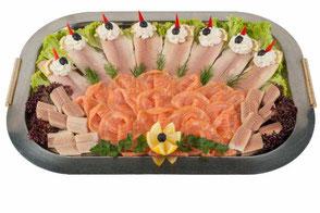Fischplatte mit Aal, Lachs, Forelle von der Party-Küche Heuer