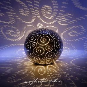 Lampada a sfera tagli SPIRALI finitura metallo prezioso Platino 15%  Margherita Vellini Ceramica Made in Italy Home Lighting Design