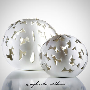 Sphere lamps BAROCCO shiny white glaze.  Margherita Vellini Ceramics Made in Italy Home Lighting Design