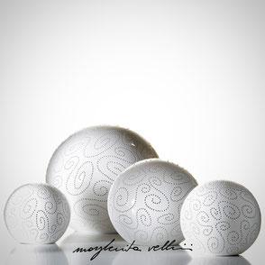 Sphere lamps SPIRALI shiny white glaze.  Margherita Vellini Ceramics Made in Italy Home Lighting Design