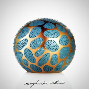 Lampade sfera da appoggio tagli CELLULE finitura in metallo prezioso Oro rosso 15% e smalto color ottanio Margherita Vellini Ceramica Made in Italy Home Lighting Design