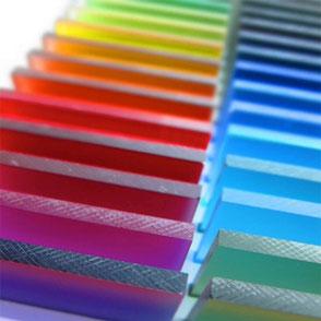 caractere Kunststoff -  versato resin