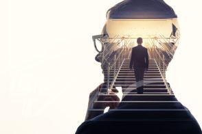 Sven-Budnik-Persönlichkeitsentwicklung-durch-Selbstreflexion-und-Persönlichkeits-Coaching
