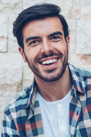 Zahnspangen für Erwachsene bei Dr. Wiesner Gröbenzell
