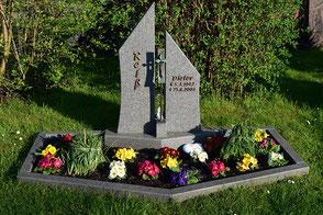 Grabstein Einfassung Doppelgrab