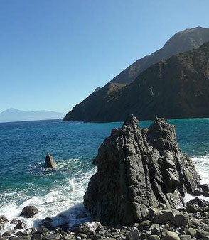 Bucht von Vallehermoso auf La Gomera