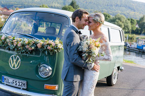 Mell & Chris . Reportage . Kartause Grünau BoHo-Hochzeit