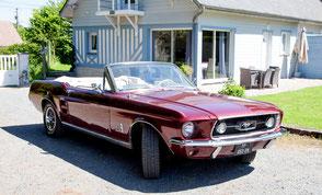 Location Mustang pour une balade sur la Côte Fleurie en Normandie