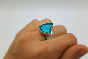 "Ring ""Glasstück"" . 150,00 €"