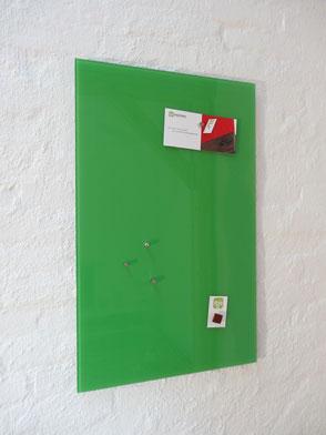 Glasmagnettafel Leuchtendes Grün . 119,00 €